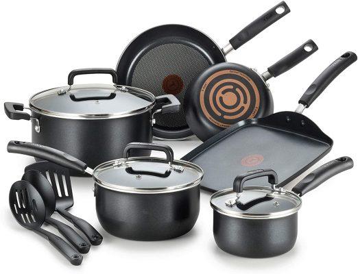 T-fal C530SC Signature Nonstick Dishwasher Safe Cookware Set, Nonstick Pots and Pans Set, Thermo-Spot Heat Indicator, 12 Piece, Black